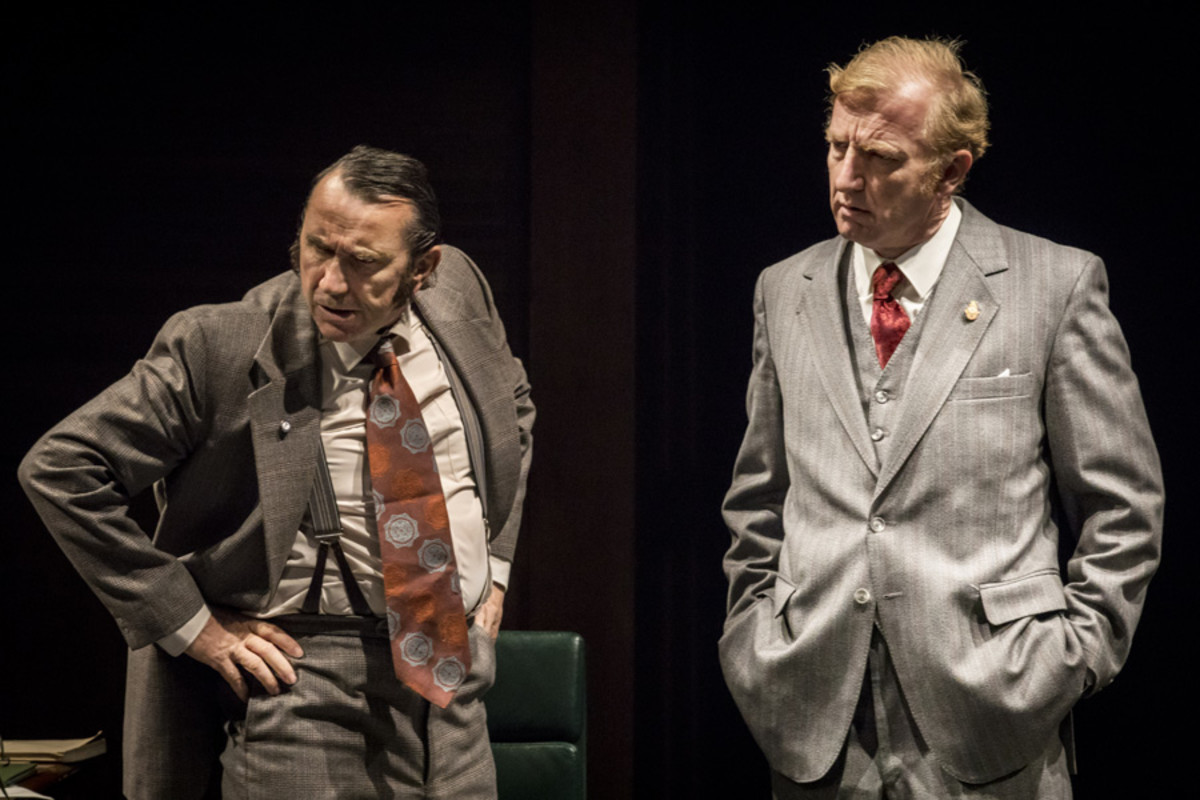 Phil Daniels and Steffan Rhodri in This House at Chichester Festival Theatre (Photo: Johan Persson)