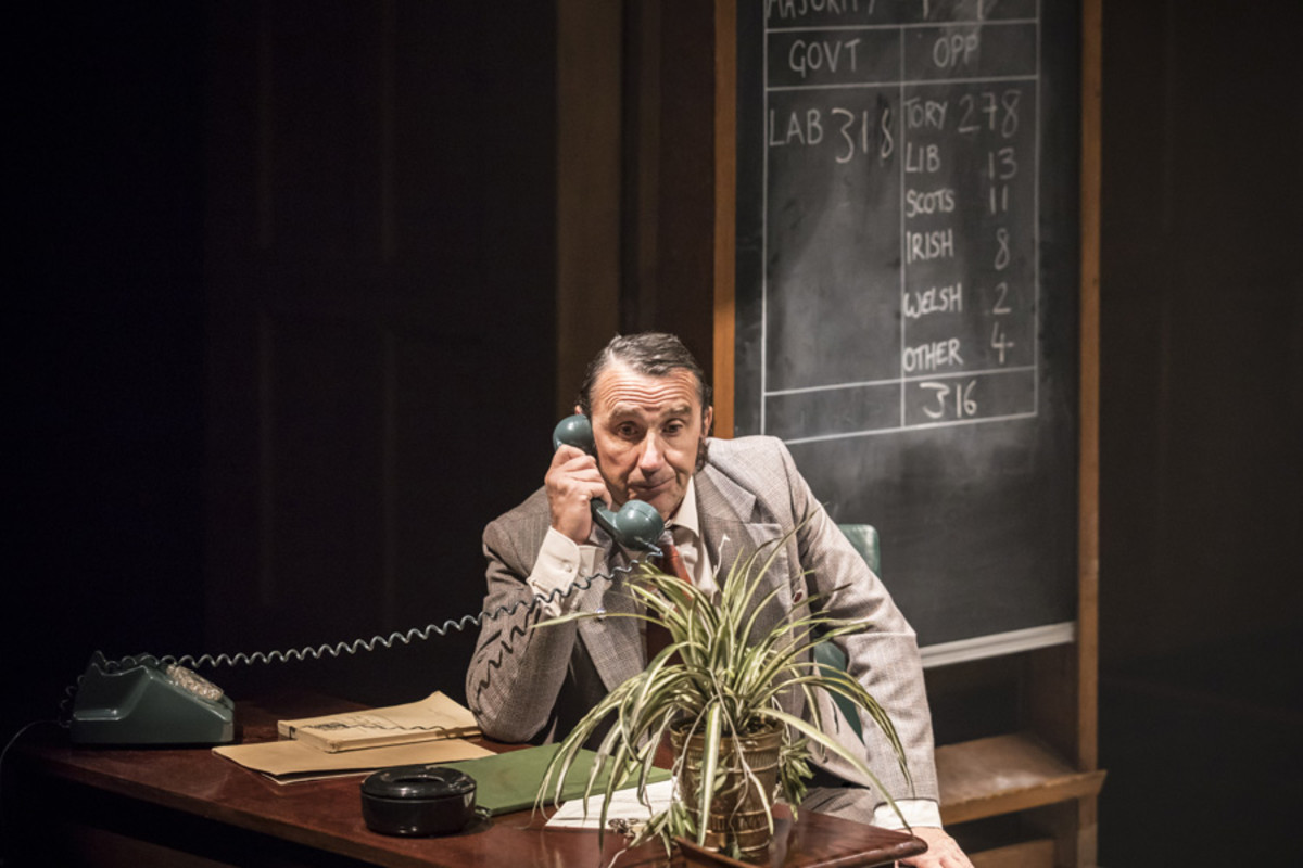 Phil Daniels in This House at Chichester Festival Theatre (Photo: Johan Persson)