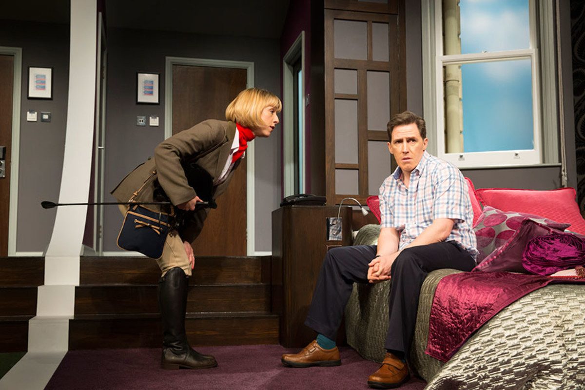 Claudie Blakley and Rob Brydon in The Painkiller, playing at Garrick Theatre (Photo: Johan Persson)