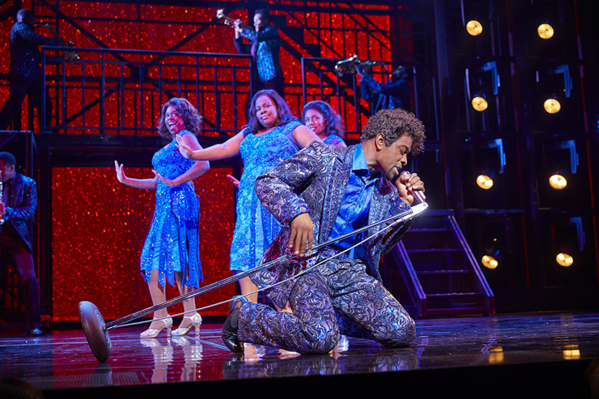 Adam J. Bernard and Ibinabo Jack, Amber Riley and Liisi LaFontaine in Dreamgirls at the Savoy Theatre (Photo: Brinkhoff/Mögenburg)a