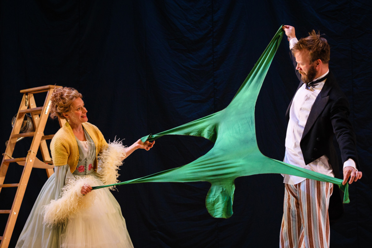 Mrs Darling (Anna Francolini) and Mr Darling (Felix Hayes) in Peter Pan (Photo Steve Tanner)