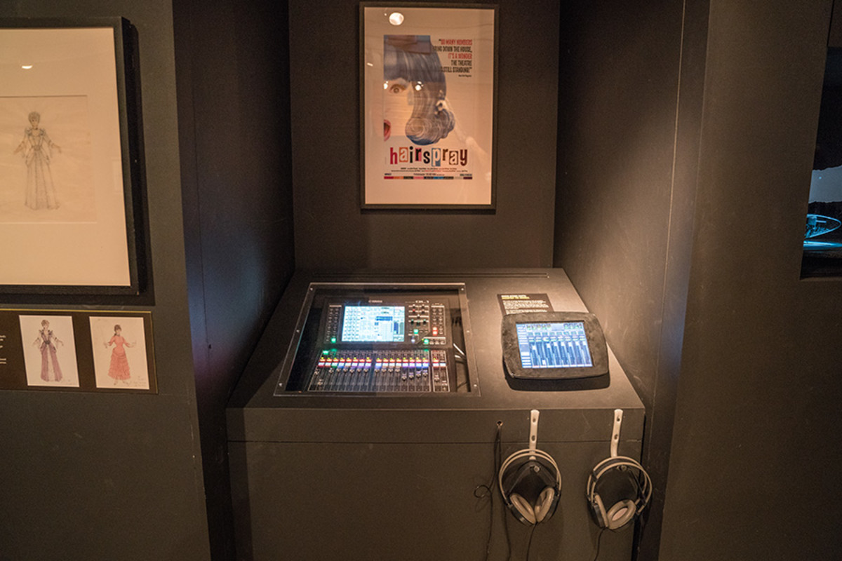 Interactive Soundbooth featuring Hairspray at the Curtain Up Exhibition (copyright Jonathan Blanc & New York Public Library)
