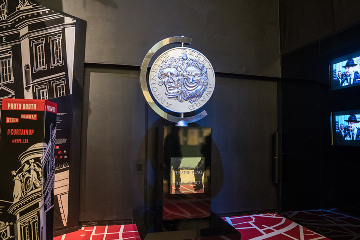 Giant Tony Award that featured on the 2016 red carpet at the Curtain Up Exhibition (copyright Jonathan Blanc & New York Public Library)
