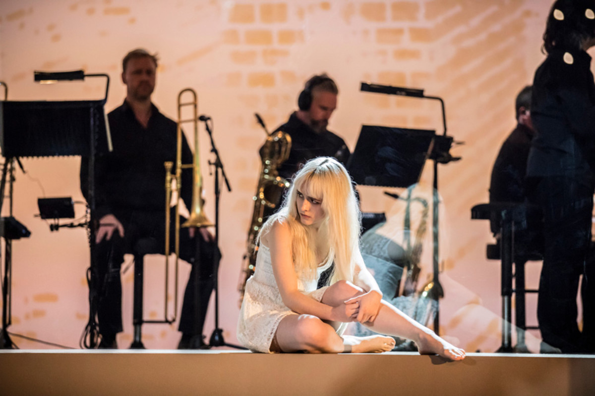 Sophia Anne Caruso (Girl) in Lazarus (Photo: Johan Persson)