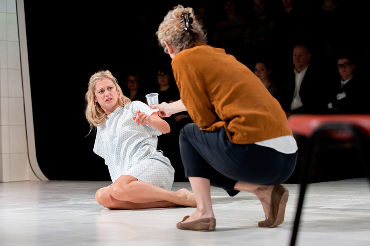 Denise Gough and Barbara Marten in People, Places And Things (Photo: Johan Persson)