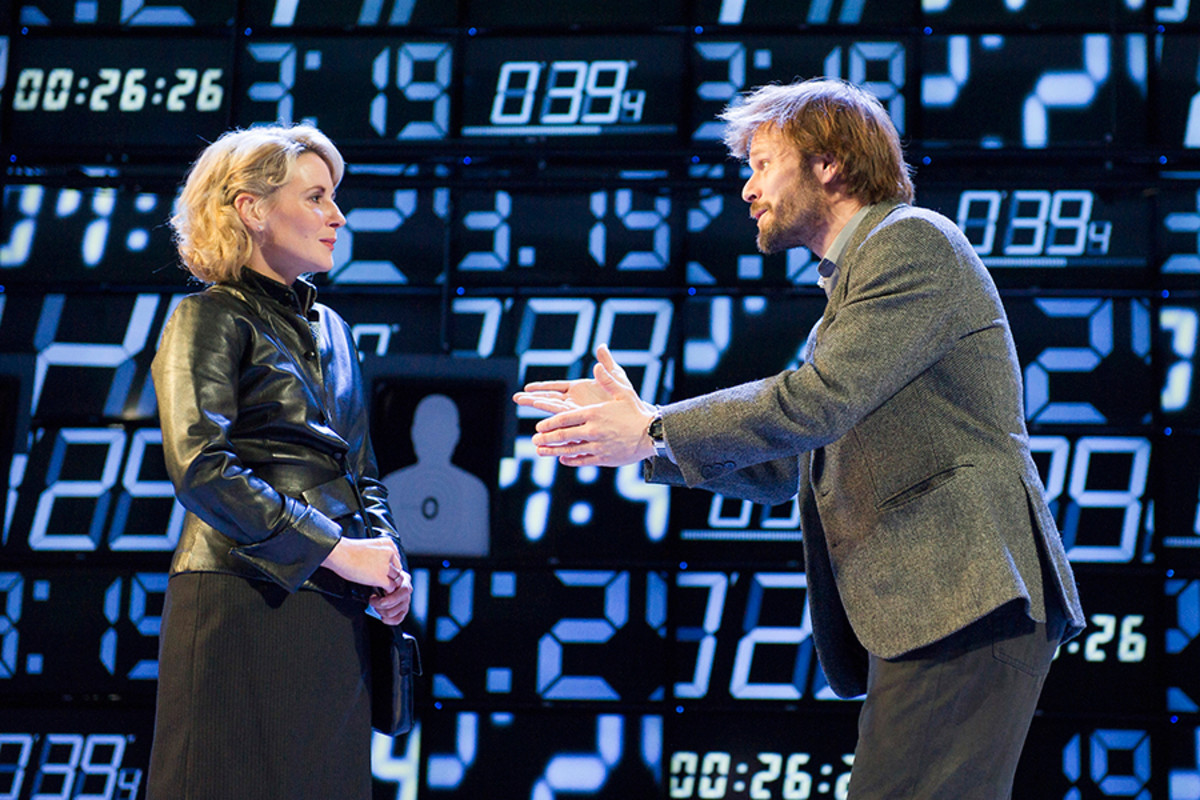 Lisa Dillon and Alec Newman star in Hapgood at Hampstead Theatre (Photo: Alastair Muir)