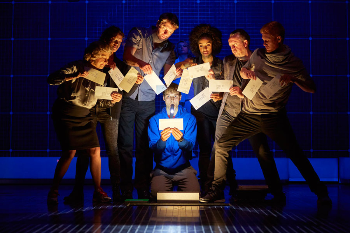The Curious Incident Of The Dog In The Night-Time at the Gielgud Theatre (Photo: Brinkhoff/Mögenburg)