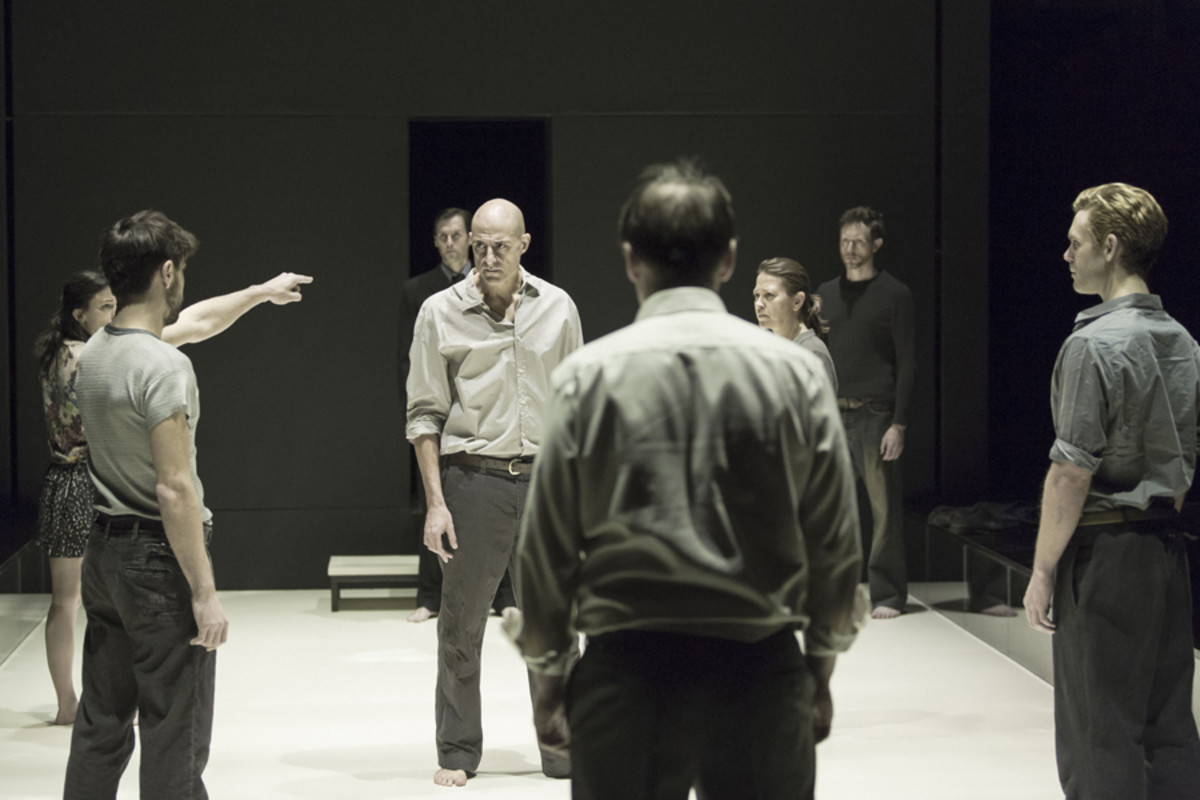 Mark Strong and the cast of A View From The Bridge (Photo: Jan Versweyveld)