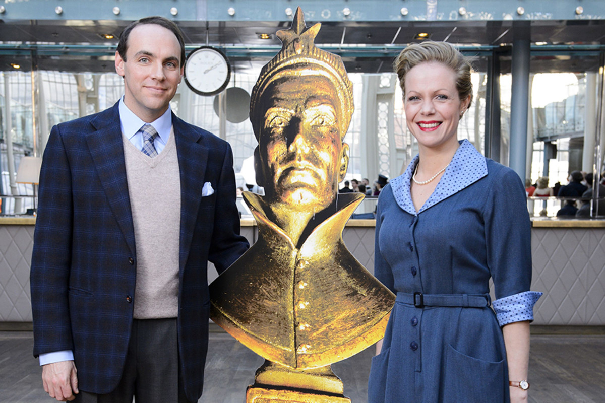 The Mousetrap's Daniel Crowder and Hannah Robertson at the This Morning Audience Award photoshoot (Photo: Jonathan Hordle/Rex Features)