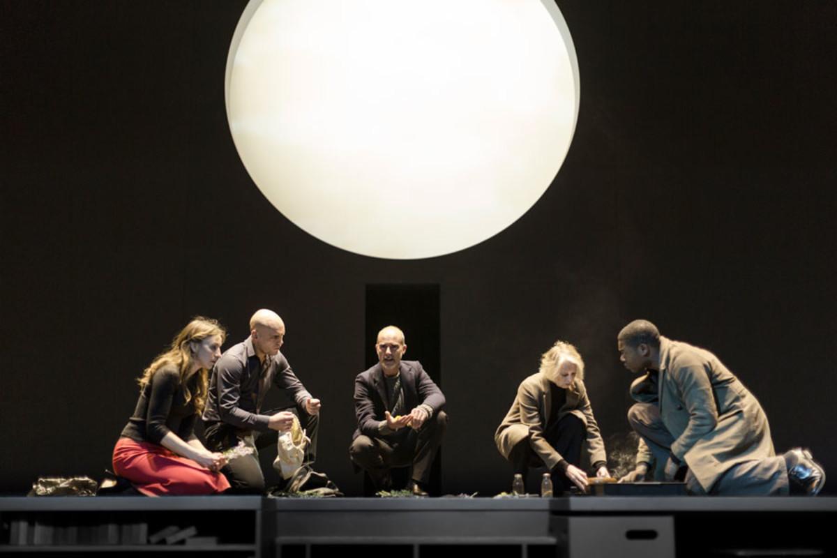 Kirsty Bushell, Samuel Edward-Cook, Finbar Lynch, Kathryn Pogson and Obi Abili in Antigone at the Barbican Theatre (Photo: Jan Versweyveld)