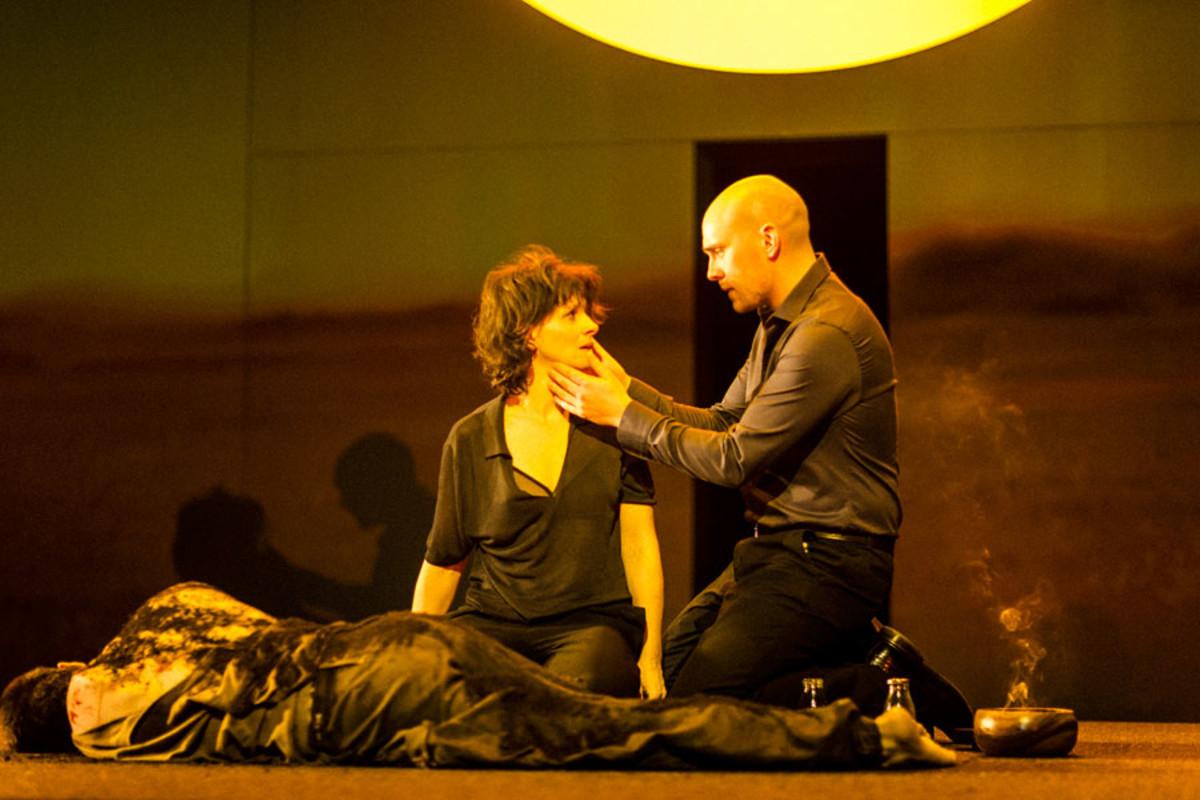 Juliette Binoche and Samuel Edward-Cook star in Antigone at the Barbican Theatre (Photo: Jan Versweyveld)