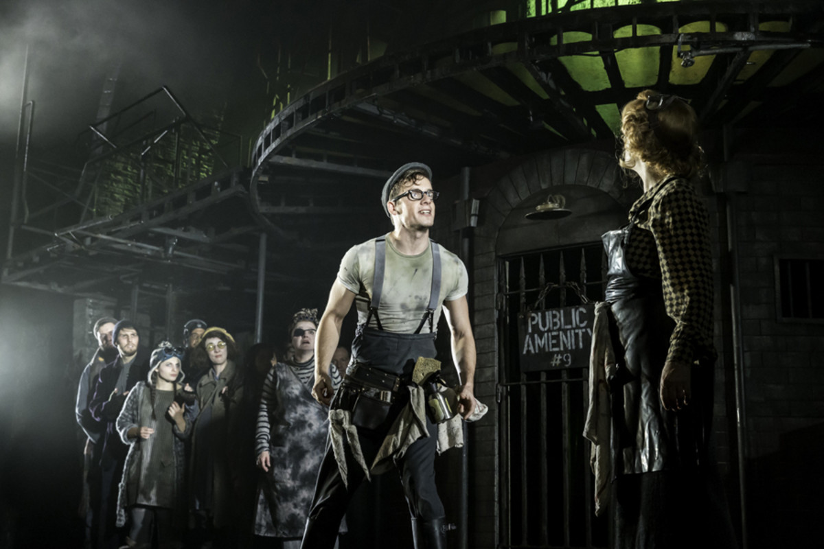 Matthew Seadon-Young and Jenna Russell in Urinetown The Musical (Photo: Johan Persson)