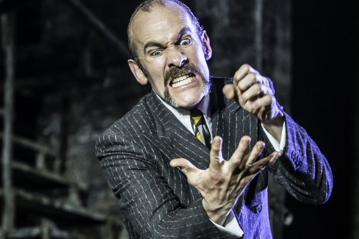 Simon Paisley Day in Urinetown The Musical (Photo: Johan Persson)