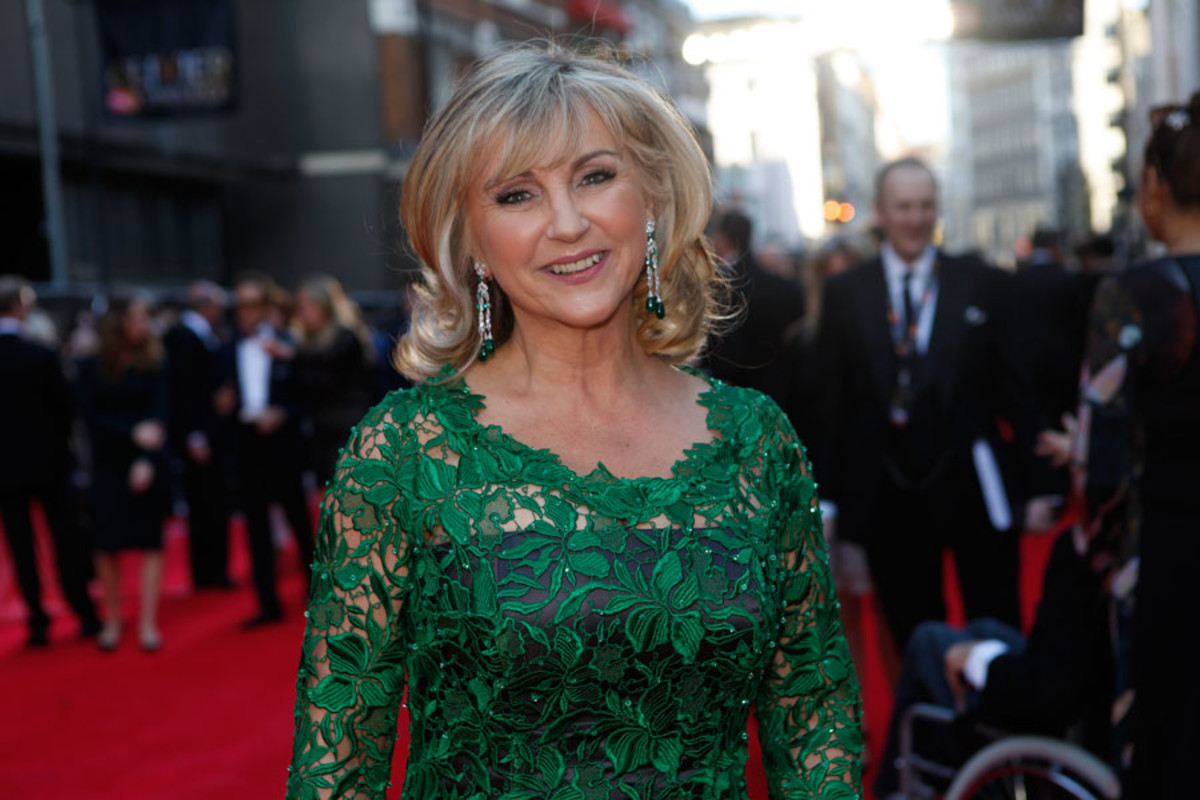 Presenter Lesley Garrett walks the red carpet at the Olivier Awards 2014 with MasterCard (Photo: Pamela Raith)
