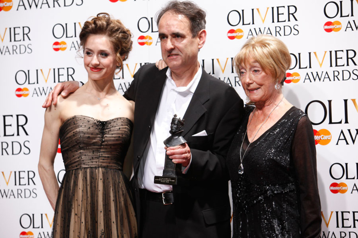 Michael Hulls, winner of the Outstanding Achievement in Dance Award, with presenters Marianela Nunez and Gillian Lynne (Photo: Pamela Raith)
