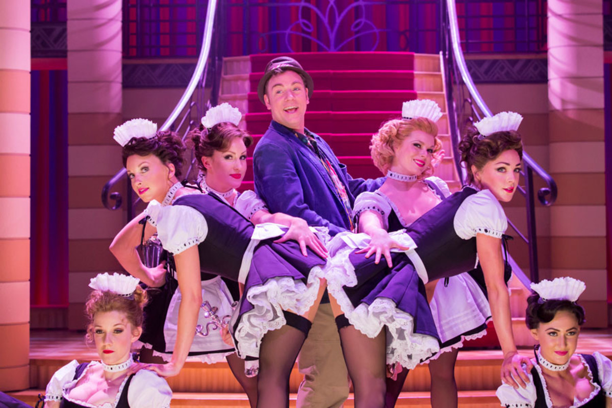 Rusus Hound and the cast of Dirty Rotten Scoundrels, playing at the Savoy theatre (Photo: Johan Persson)