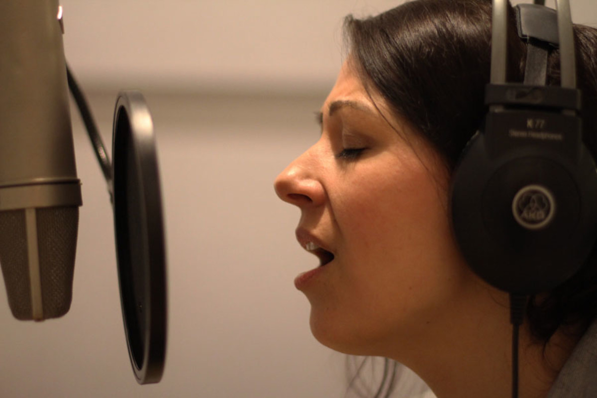 Ashleigh Gray records West End Switched Off