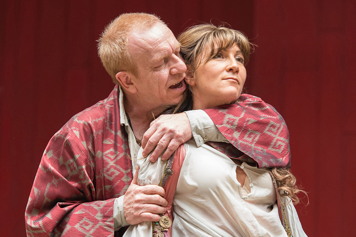 Clive Wood and Eve Best star in Antony And Cleopatra at Shakespeare's Globe (Photo: Manuel Harlan)