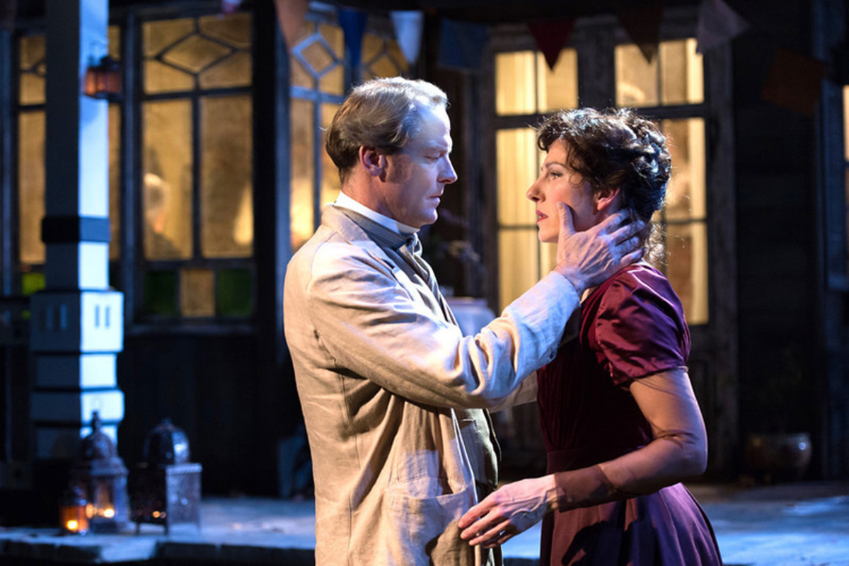 Iain Glen and Tamsin Greig star in Longing at the Hampstead theatre (photo: Manuel Harlan)