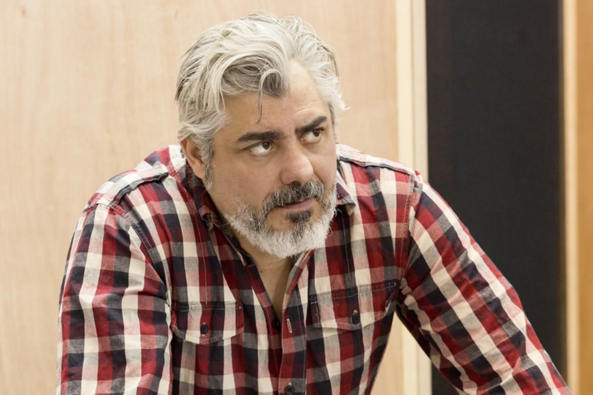 Darrell D'Silva in rehearsals for Children's Children at the Almeida theatre (photo: Johan Persson)