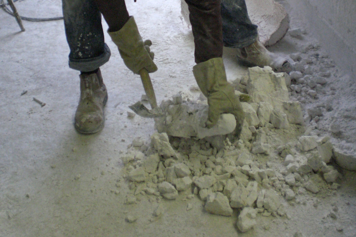 Foundry 4: Plaster removed