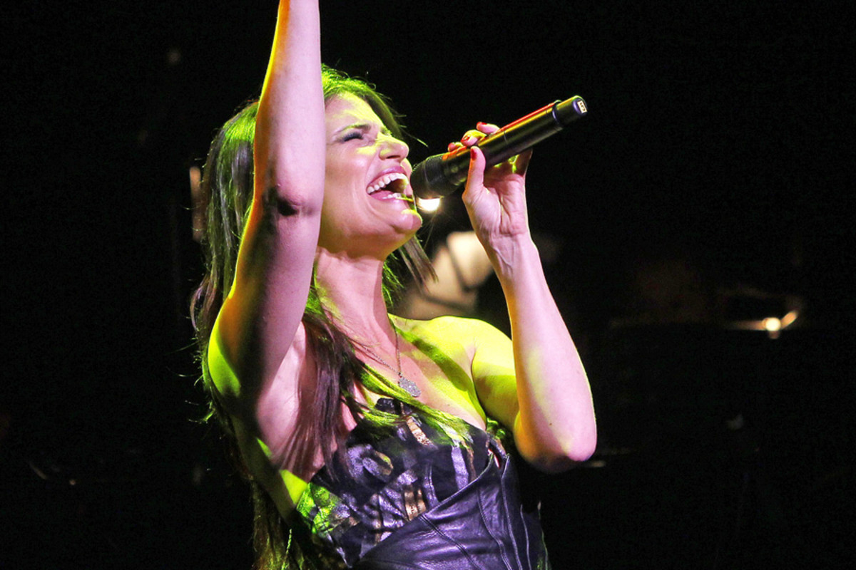 Idina Menzel at the Apollo theatre (photo: Marilyn Kingwill)