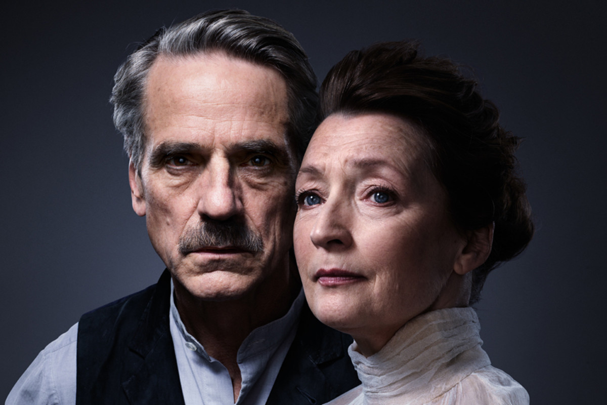 Lesley Manville and Jeremy Irons in Long Day's Journey Into Night