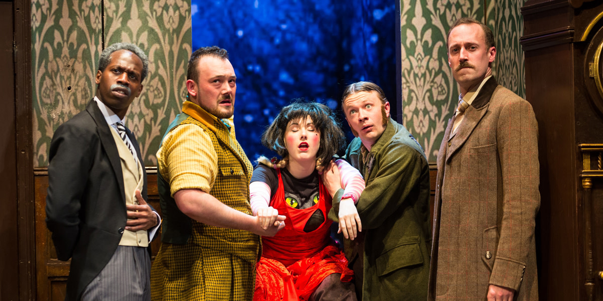 The Play That Goes Wrong at the Duchess Theatre (Photo: Helen Maybanks)