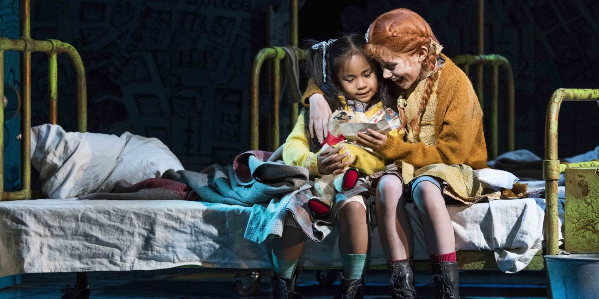 Annie at The Piccadilly Theatre (Photo: Paul Coltas)