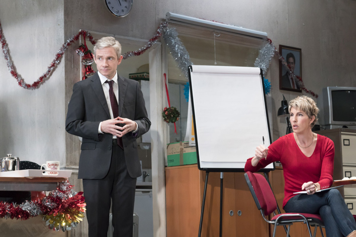 Martin Freeman (David Lyons), Tamsin Greig (Jean Whittaker) in Labour Of Love (Photo: Johan Persson)