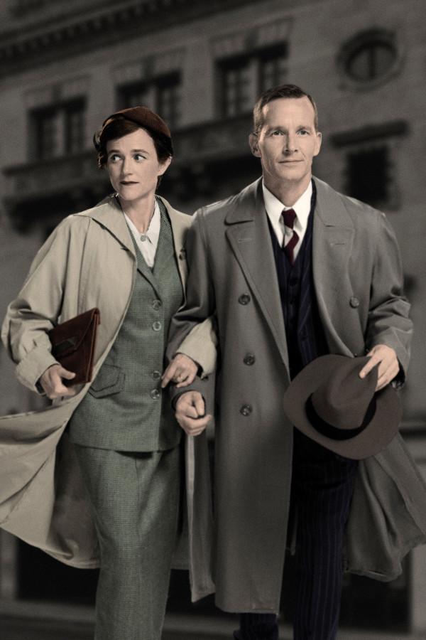 Isabel Pollen (Laura) and Jim Sturgeon (Alec) in Brief Encounter (Photo: Simon Turtle)