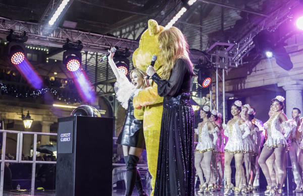 Kylie Minogue and Charlotte Tilbury turning on the Covent Garden lights (Photo: Timebased)