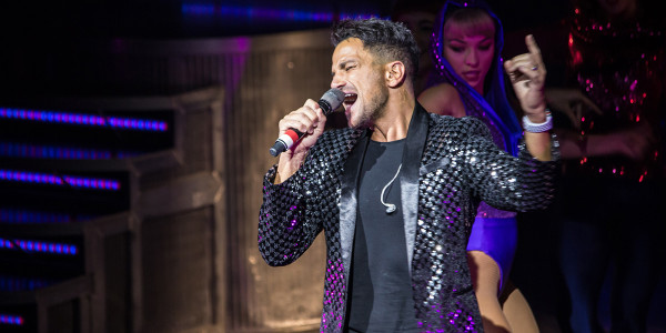 Peter Andre performing at Thriller Live's 4000th show (Photo: Betty Zapata)