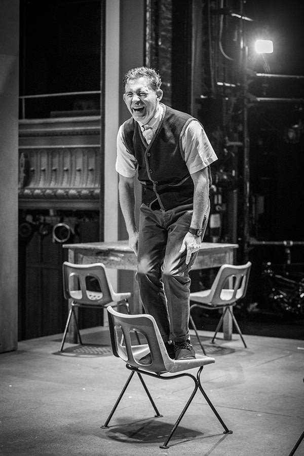 Lee Evans in rehearsals for Pinter Three