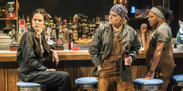 Leanne Best (Jessie), Martha Plimpton (Tracey), Clare Perkins (Cynthia) in Sweat at the Donmar Warehouse. Photo Johan Persson