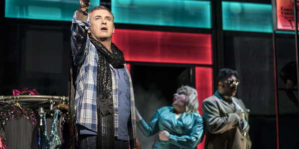 Shane Richie (Hugo) in Everybody's Talking About Jamie at the Apollo Theatre (3). Photo credit Johan Perrson.