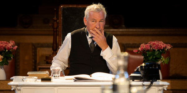 Simon Dutton in Witness For The Prosecution (Photo: Ellie Kurttz)