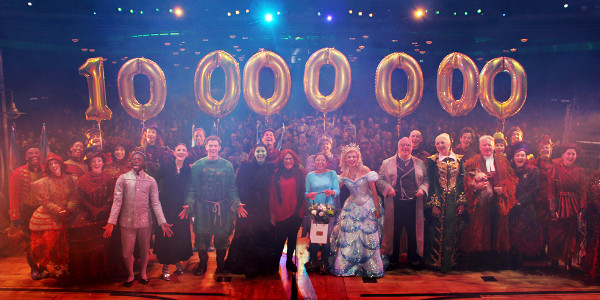 London Theatre News Today: The cast of Wicked celebrates their 10 millionth theatregoer