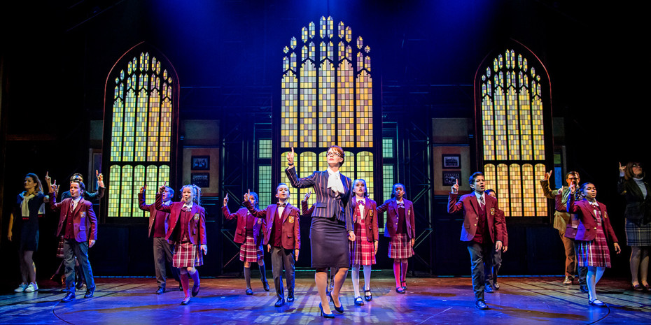 Florence Andrews and the kids cast of School Of Rock (Photo: Tristram Kenton)