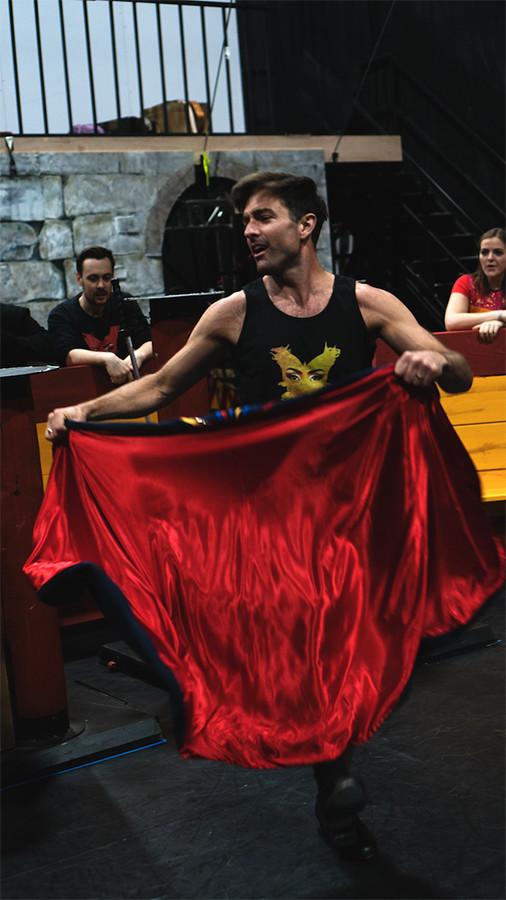 Richard Munday in TriOperas rehearsals (Photo: James Martin)