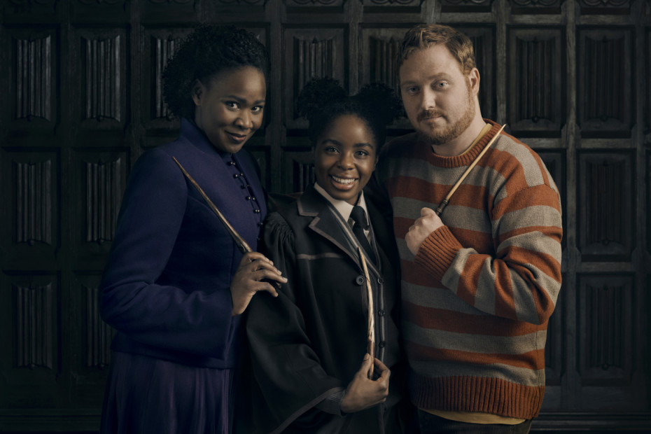 Harry Potter And The Cursed Child. The Granger-Weasleys: Nicola Alexis as Hermione Granger, Helen Aluko as Rose Granger-Weasley and Thomas Aldridge as Ron Weasley. Photo by Charlie Gray