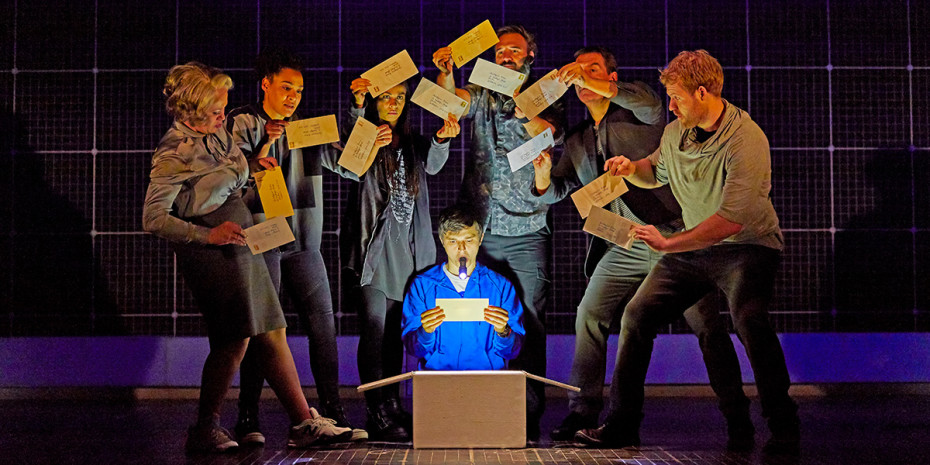 The Curious Incident Of The Dog In The Night-Time touring cast (Photo: Brinkhoff/Mogenburg)