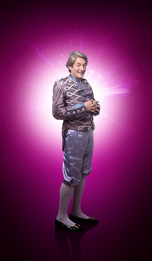 Nigel Havers as The Understudy in Snow White (Photo: Paul Coltas)