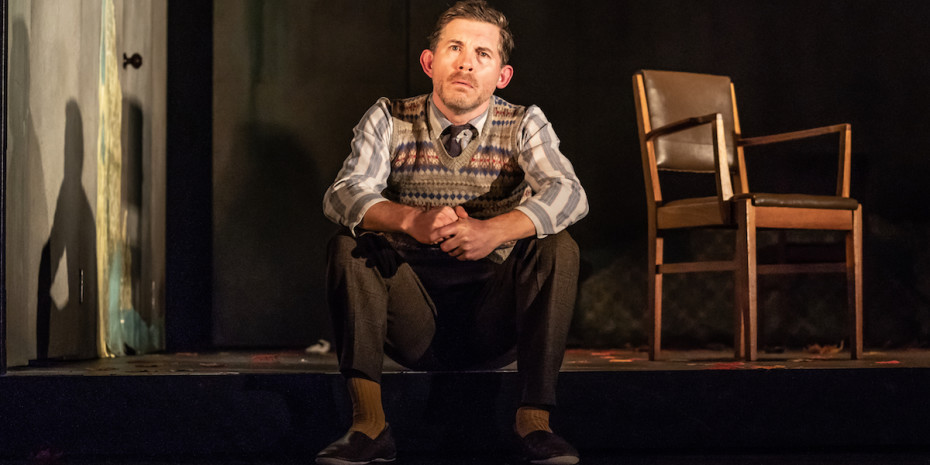 Lee Evans in Pinter Three (Photo: Marc Brenner)