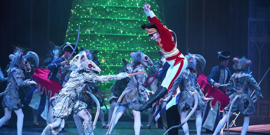 English National Ballet's Nutcracker (Photo: Laurent Liotardo)