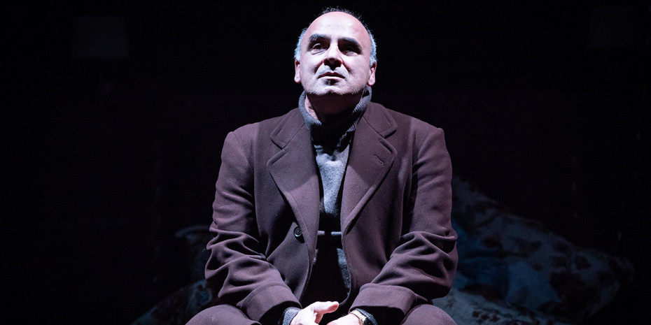 Peter Polycarpou in Pinter Four. Photo credit: Marc Brenner