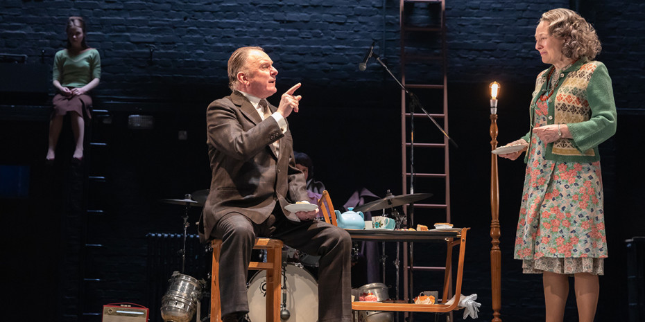 Brid Brennan and Robert Glenister in Pinter Four. Photo credit: Marc Brenner.