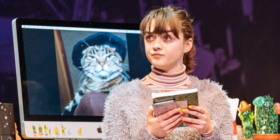 Maisie Williams (Caroline) in I And You at Hampstead Theatre (Photo: Manuel Harlan)