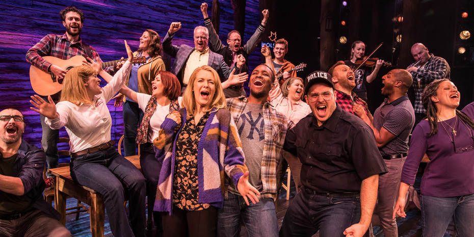 Come From Away at the Phoenix Theatre (Photo: Matthew Murphy)