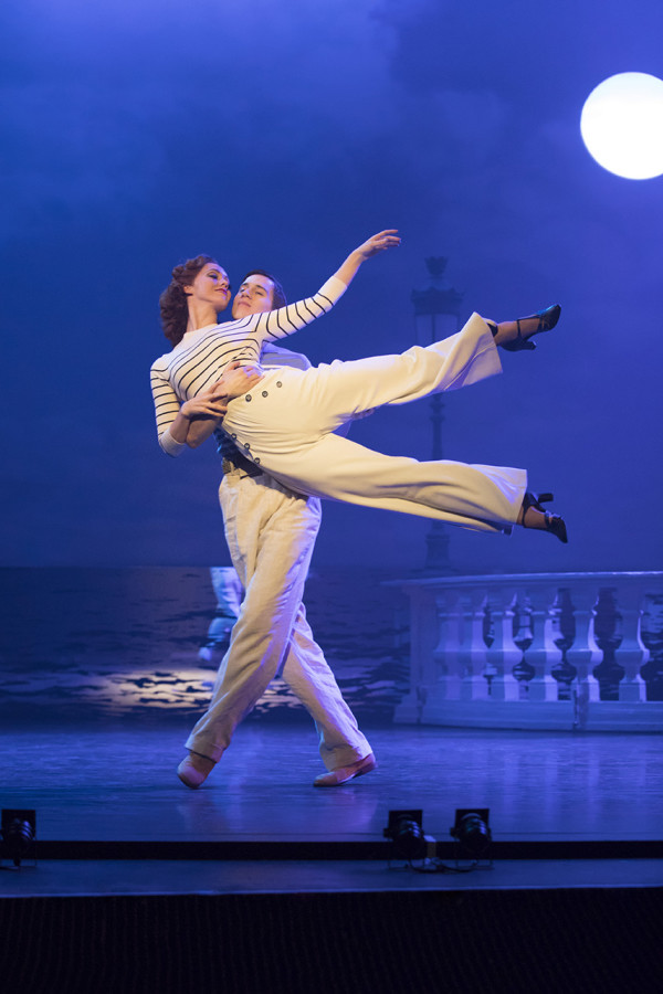 Ashley Shaw and Dominic North in The Red Shoes (Photo: Johan Persson)